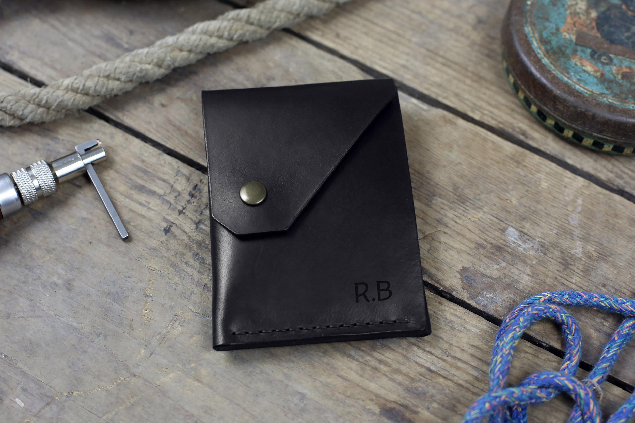 """Rankų darbo minimalistinė odinė piniginė """"Elegant"""" [Juoda]"""